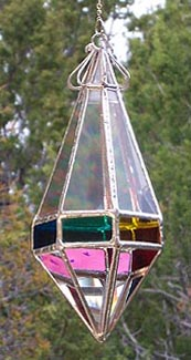 This Gem shape has fourteen clear facets and seven colored facets to project rainbows and colors